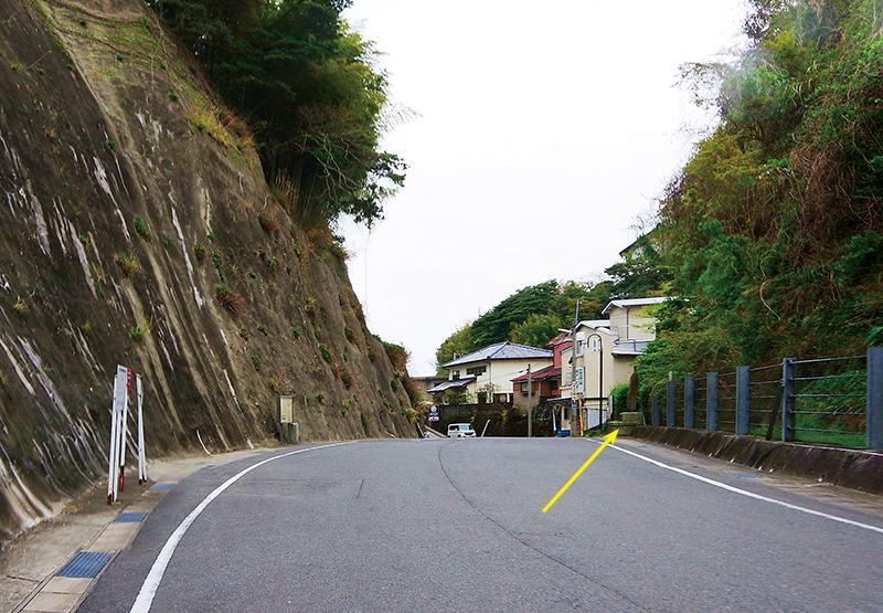 昭和初期まで平潟洞門が存在していた切り通し
